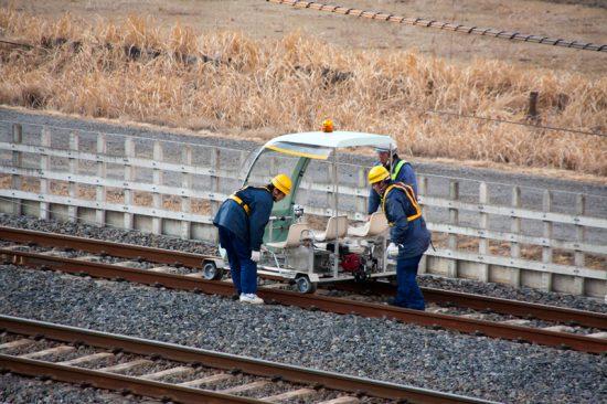 ATカートによる線路巡視