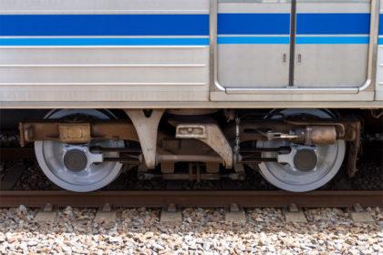 FS-547台車(写真は7302号車第2台車の山側)