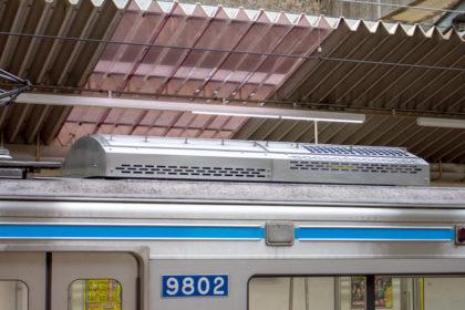 RPU-6006A:レール方向から