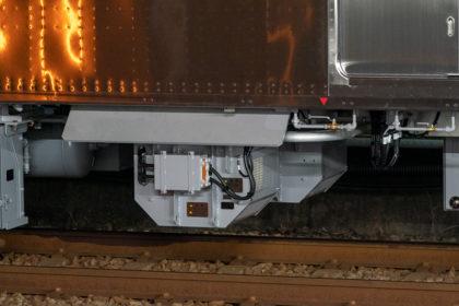 M1系1両あたり2基艤装されるフィルタリアクトル