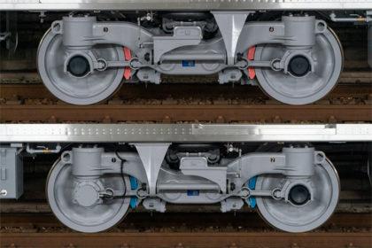 電動台車:FS583M(上)/付随台車:FS583T(下)