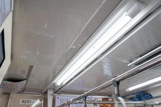 LED照明となった9201編成