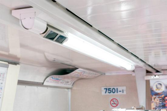 監視カメラ一体型のLED灯具